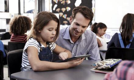 Mehr digitale Bildungsmedien für Düsseldorfer Schulen