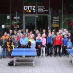 """""""Düsseldorf spielt Tischtennis. Ein Weltmeister bittet zuTisch"""""""