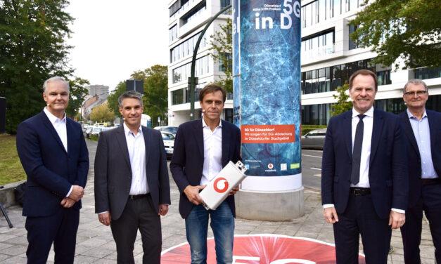 Deutschlands erste 5G-Litfaßsäule steht in Düsseldorf