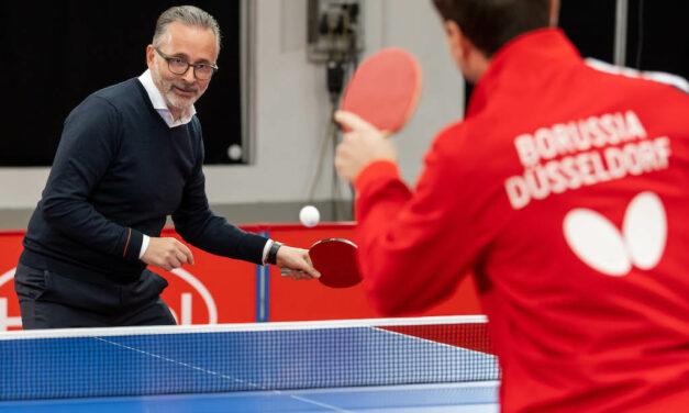 Düsseldorf spielt Tischtennis. Für Düsseldorf.´ Henkel-Chef Knobel forderte Boll heraus